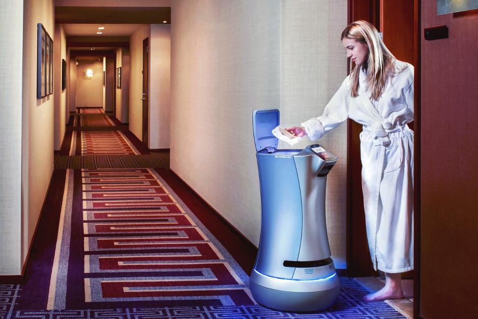 Intel đầu tư 15 triệu USD vào công ty robot phục vụ phòng